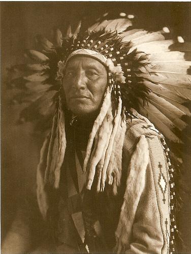 Indio Americano de la tribu Pies Negros