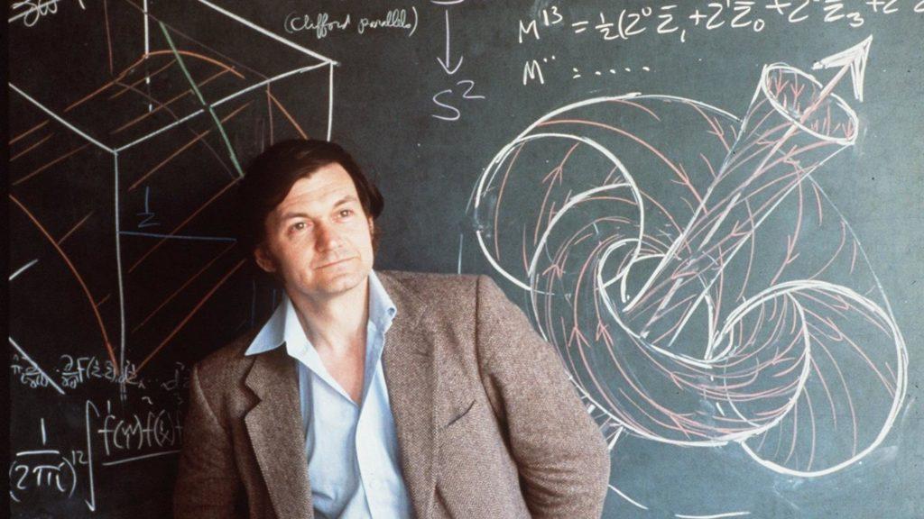 Sir Roger Penrose, OM, FRS es un físico matemático oriundo de Inglaterra y profesor emérito de Matemáticas de la Universidad de Oxford
